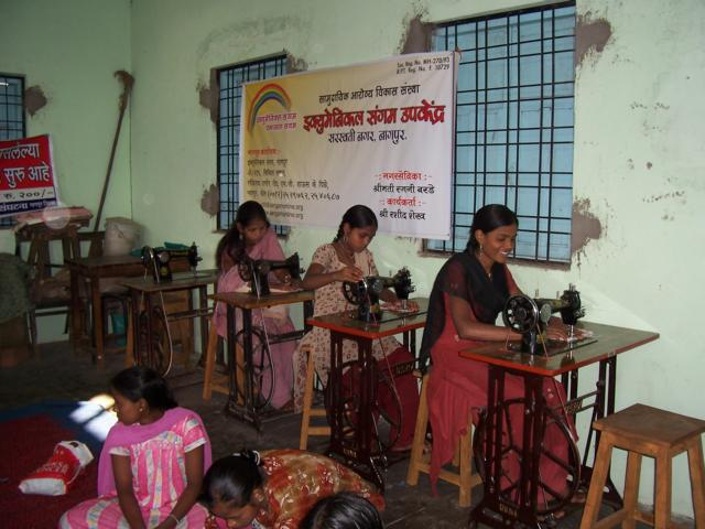 Sewing Classes in the Sangam's Slum-Centre in Saraswati Nagar